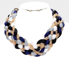 THREADED METAL KNOT BIB NECKLACE