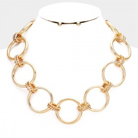 OPEN CIRCLE METAL LINK NECKLACE