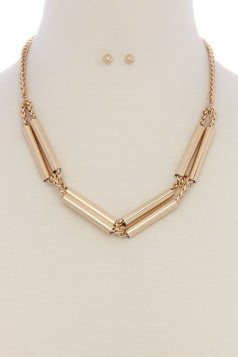METAL TUBE MULTI STRAND SHORT NECKLACE